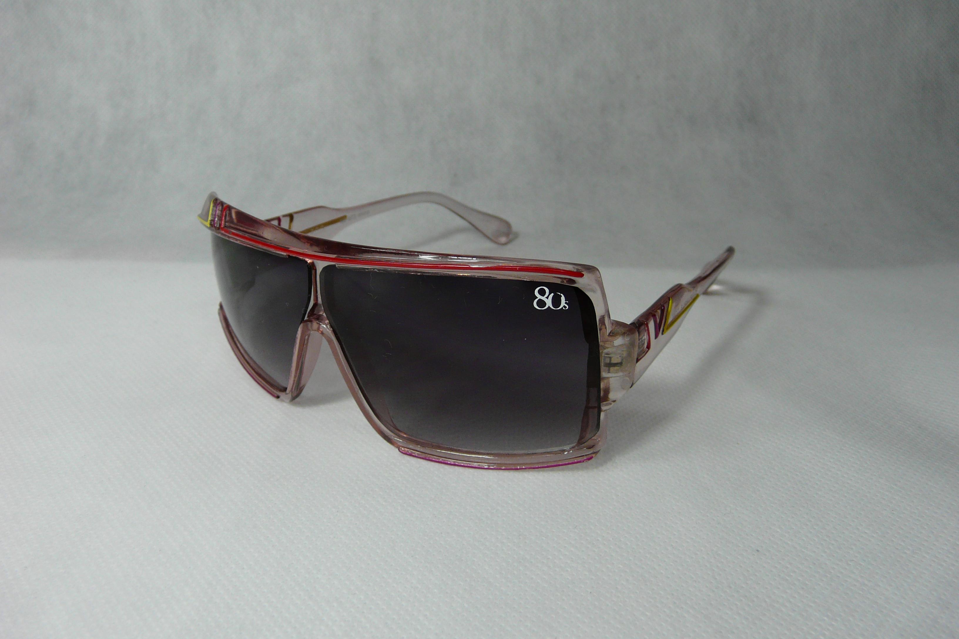 Sluneční brýle sportovní Retro sešikmené